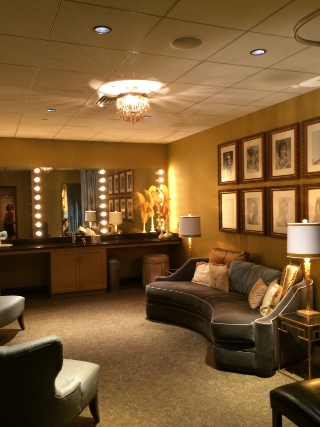Nashville fans may recognize the Women of Country dressing room